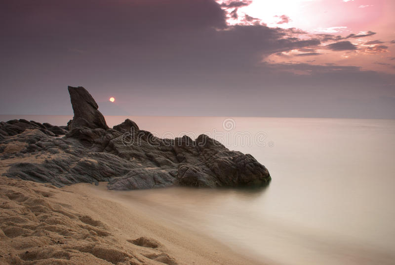 Sonnenaufgang über Mount Athos lizenzfreies stockfoto