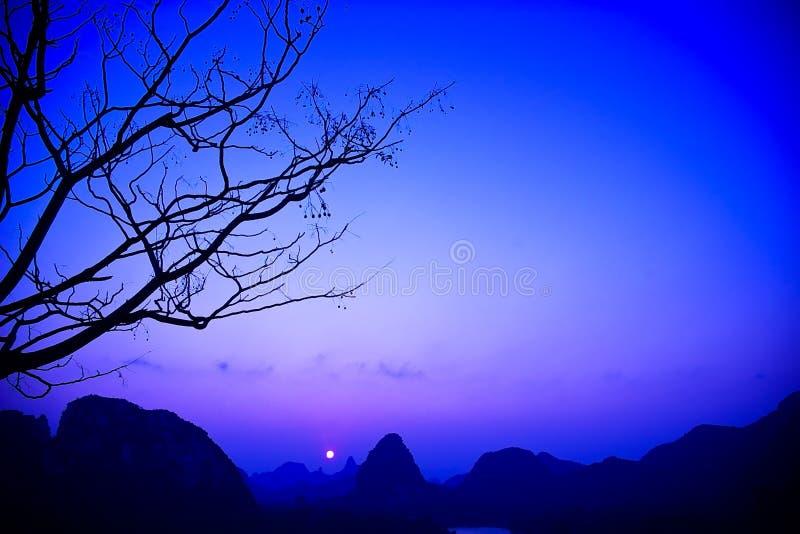 Download Sonnenaufgang stockfoto. Bild von warm, pink, hintergründe - 12201636