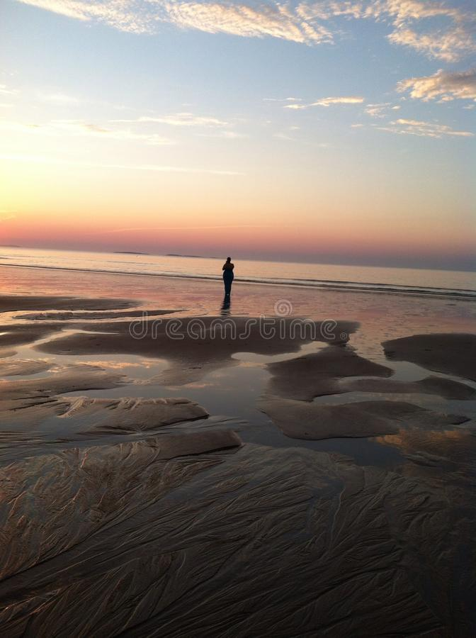 Sonnenaufgang am alten Obstgarten-Strand in Maine stockfotos