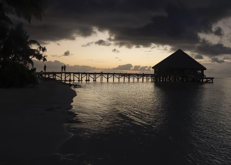 Sonnenaufgang auf den Malediven stockbild