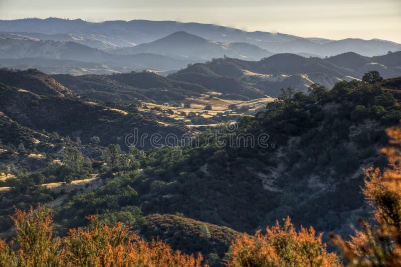 Sonnenaufgang auf zentraler Reichweite Kalifornien-Diablo stockbild