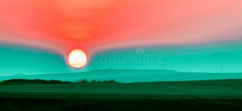 Sonnenaufgang in Bulgarien stockbilder