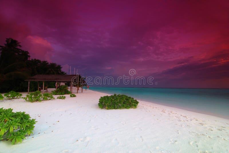 Sonnenaufgang in den Maldives stockbild