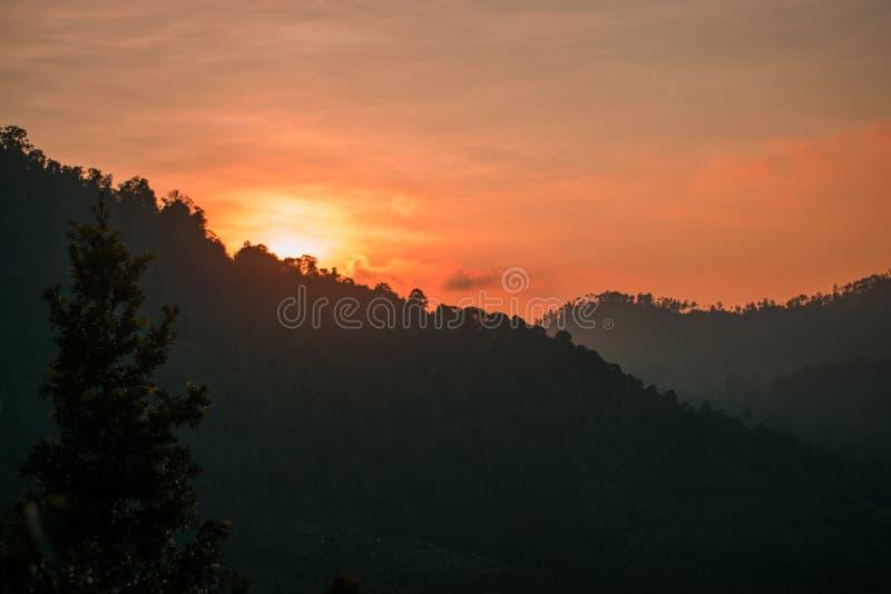 Sonnenaufgang an der Maitagpartei stockfoto