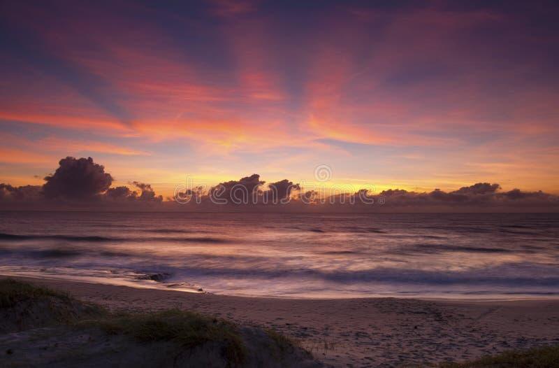 Sonnenaufgang in Geburts- Brasilien lizenzfreie stockfotos