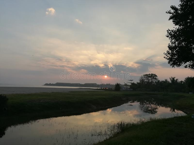Sonnenaufgang im Osten stockfotos