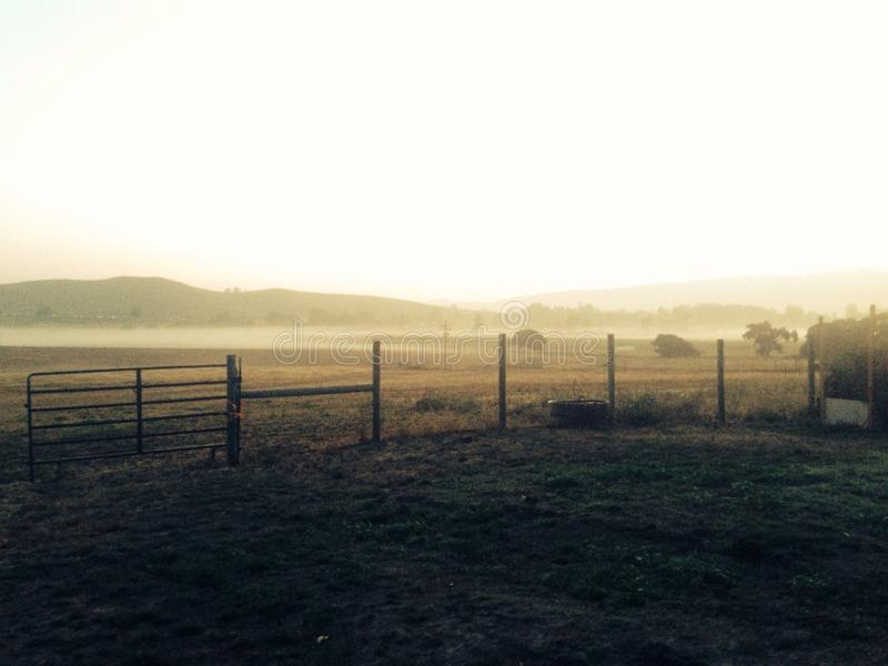 Sonnenaufgang im Tal des Tages lizenzfreie stockfotografie