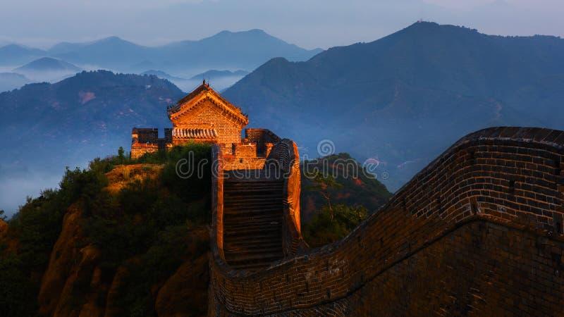 Sonnenaufgang-jinshanling Chinesische Mauer lizenzfreies stockbild