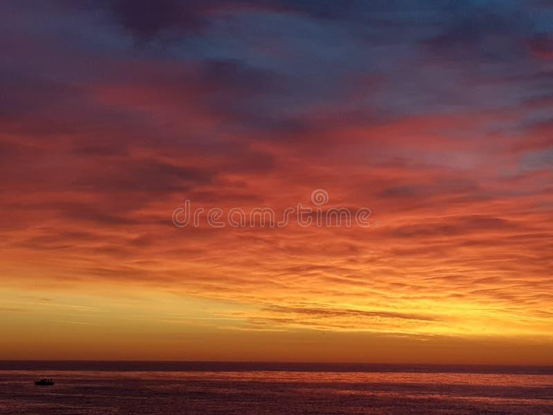 Sonnenaufgang in Korsika lizenzfreies stockbild