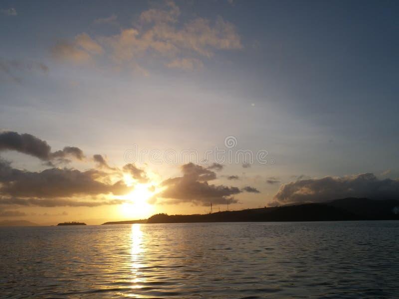 Sonnenaufgang lanscape schöner Seemorgen Indonesien lizenzfreies stockbild