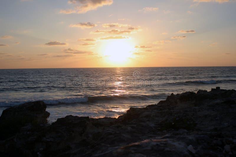 Sonnenaufgang in Mexiko lizenzfreies stockfoto
