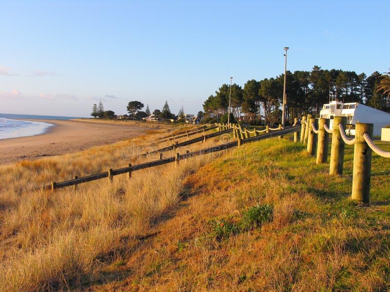 Sonnenaufgang und der Strand stockbilder