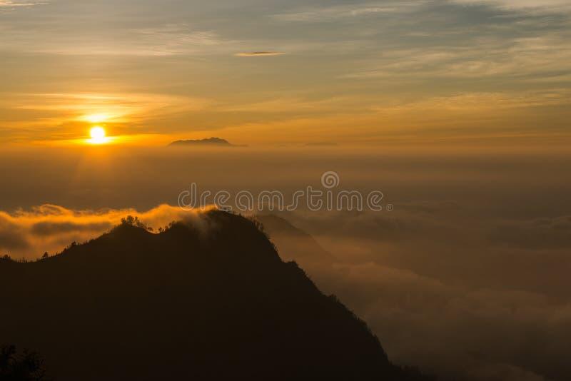 Sonnenaufgangansicht vom Standpunkt von Mt Bromo stockfoto