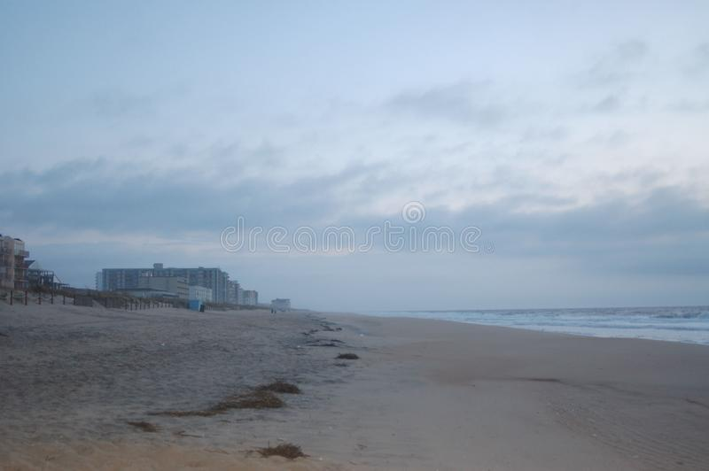 Sonnenlicht auf dem Strand stockfotografie