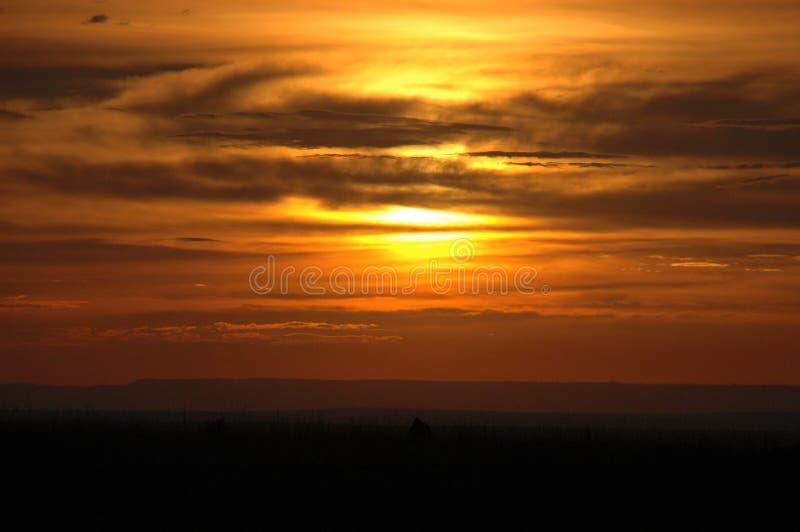 Sonnenuntergang über archiviert lizenzfreie stockfotos