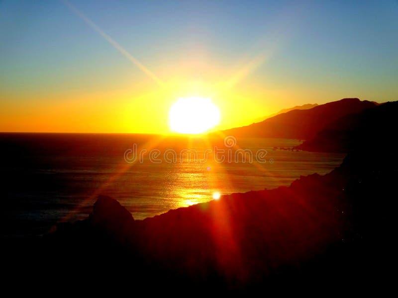 Sonnenuntergang über dem Ägäischen Meer Griechenland Kreta stockbilder