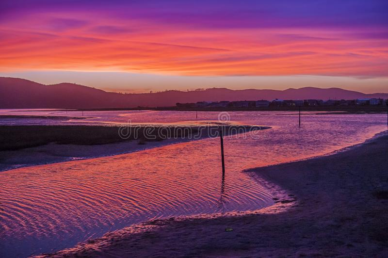 Sonnenuntergang über dem Nesna See stockbilder