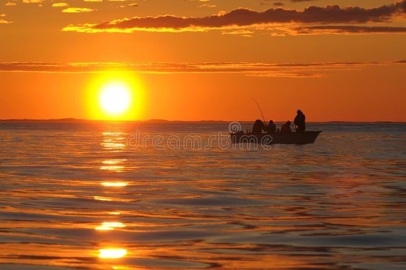 Sonnenuntergang über dem Ozean stockfotos