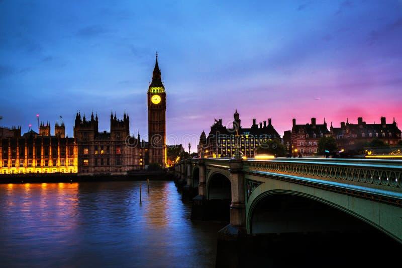 Sonnenuntergang über der Stadt von London, Großbritannien stockfoto