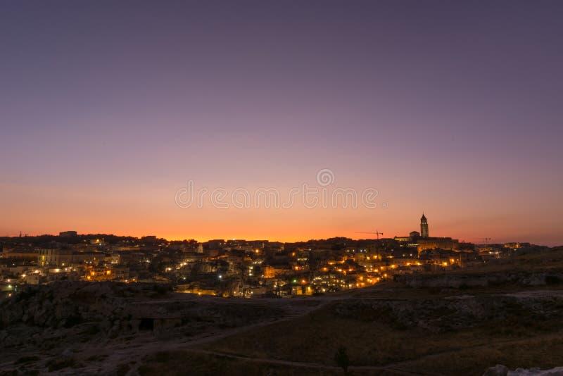 Sonnenuntergang über Matera, Basilikata, Italien stockbild