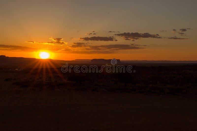Sonnenuntergang über Monument-Tal stockfotos