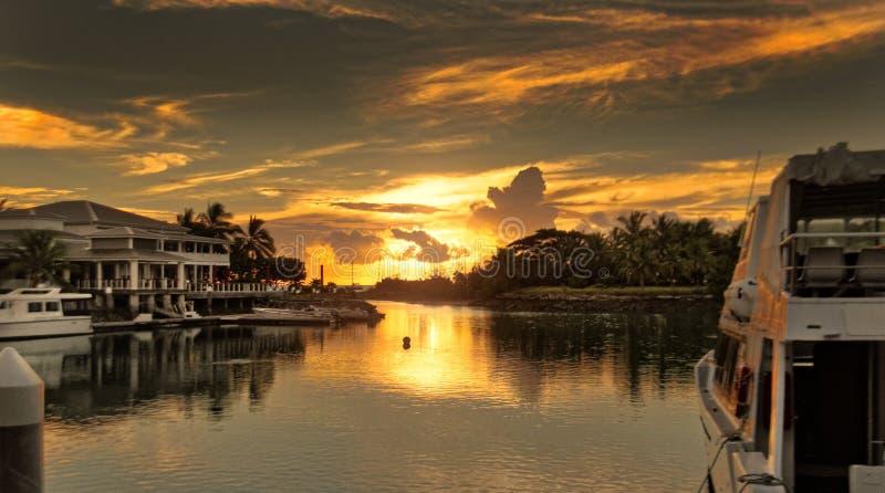Sonnenuntergang ?ber Musketen-Bucht lizenzfreie stockfotos