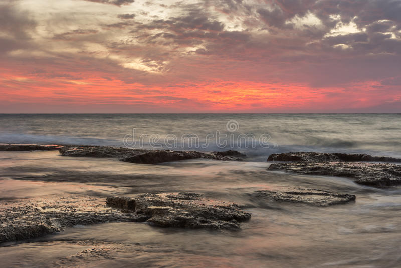 Sonnenuntergang über Naharija stockbild