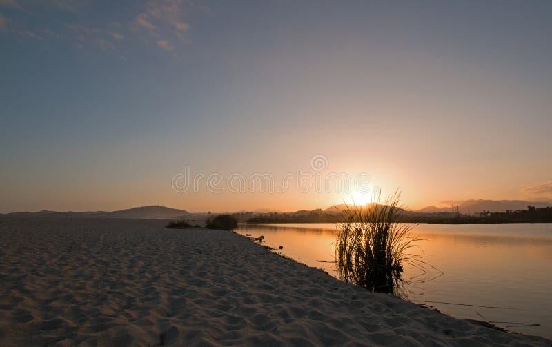 Sonnenuntergang über San Jose Del Cabo Estuary/Lagune in Baja California Mexiko stockbilder