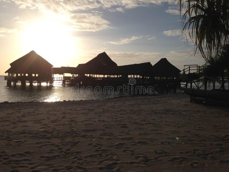 Sonnenuntergang über Sansibar stockfotos