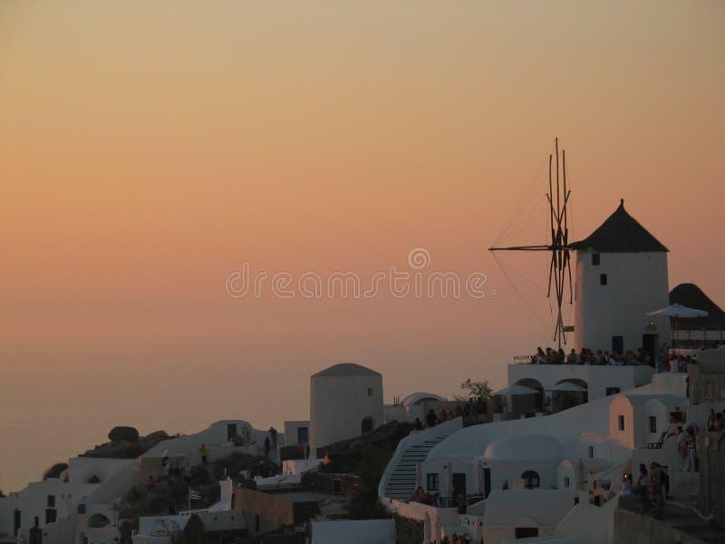Sonnenuntergang über Santorini stockfoto