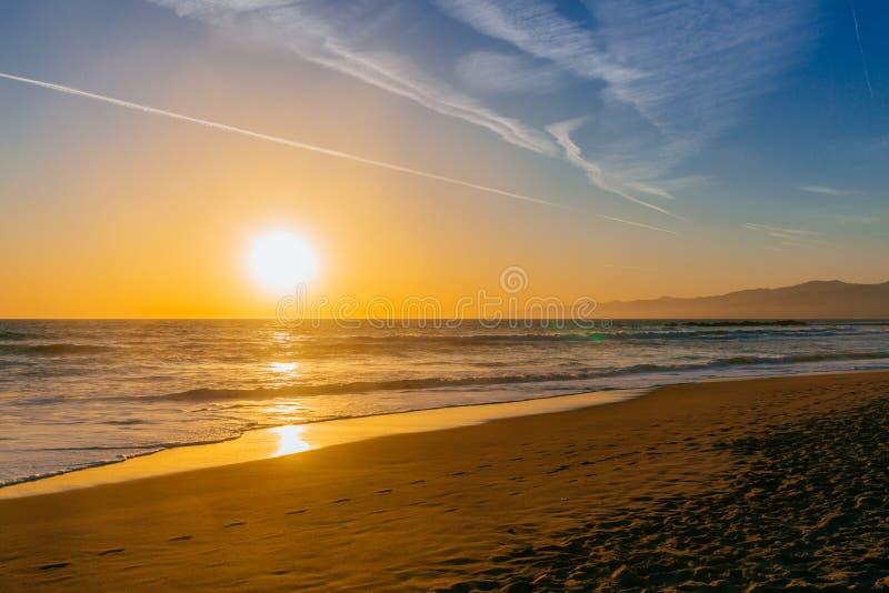 Sonnenuntergang über Venedig-Strand lizenzfreies stockfoto