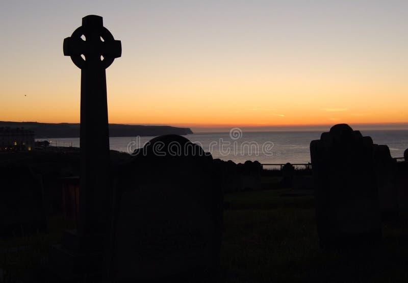 Sonnenuntergang über Whitby lizenzfreie stockfotografie
