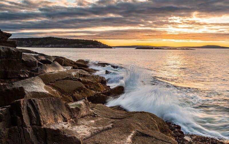 Sonnenuntergang Acadia-Nationalpark in Maine stockbild