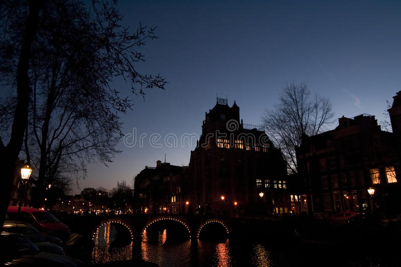 Sonnenuntergang in Amsterdam lizenzfreie stockbilder