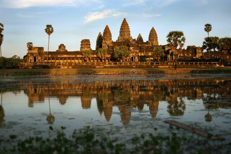Sonnenuntergang in Angkor Wat lizenzfreie stockbilder
