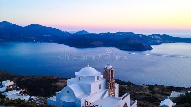 Sonnenuntergang-Ansicht von Plaka Castro stockbild