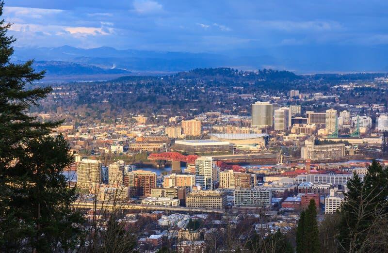Sonnenuntergang-Ansicht von Portland Oregon lizenzfreies stockbild