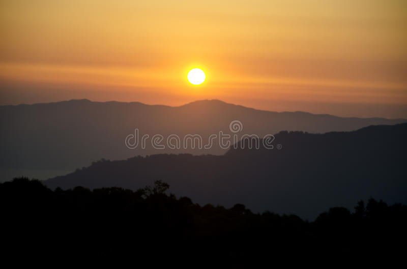 Sonnenuntergang auf Aspromonte stockbilder