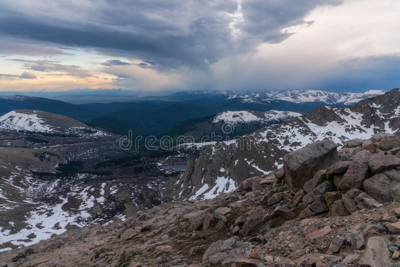 Sonnenuntergang auf Berg Evans - Colorado stockfotografie