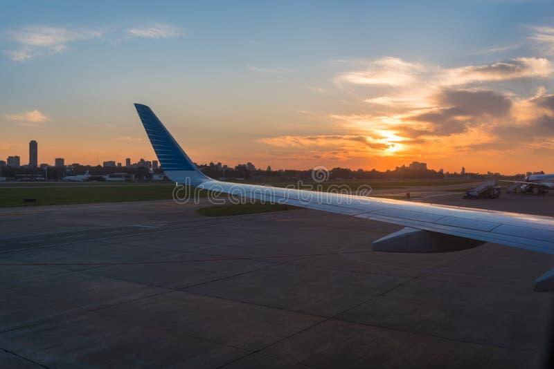 Sonnenuntergang auf Buenos Aires in Argentinien stockbilder