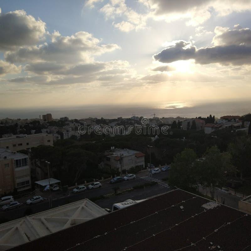 Sonnenuntergang auf dem Mittelmeer stockbild