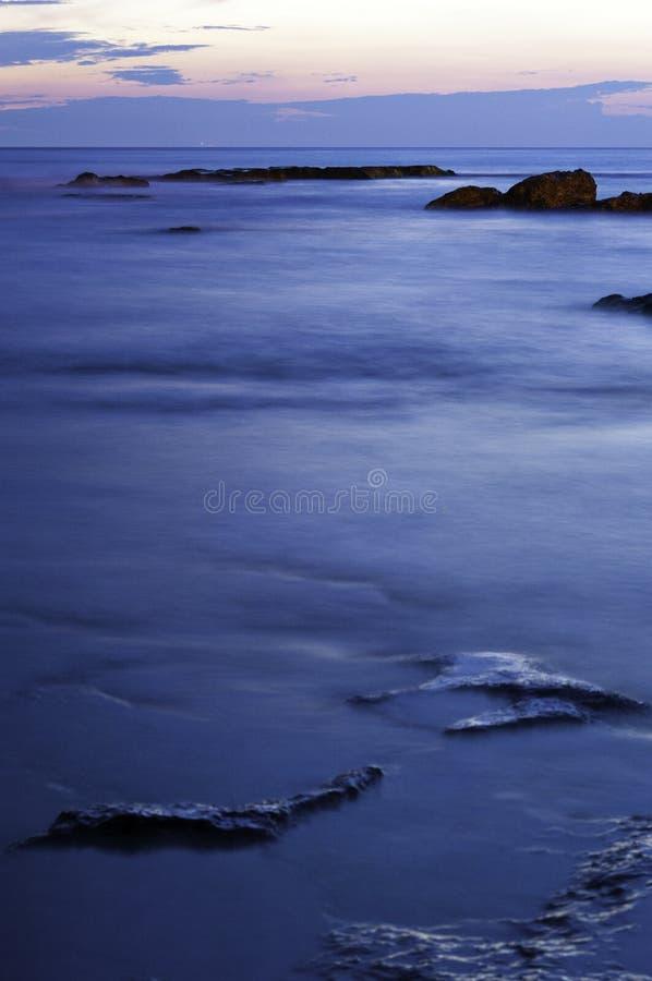 Sonnenuntergang auf dem Riff lizenzfreie stockbilder