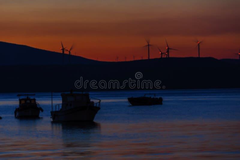 Sonnenuntergang auf dem türkischen Ägäischen Meer lizenzfreie stockfotos