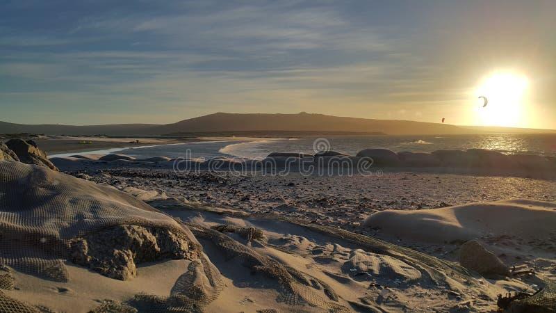 Sonnenuntergang auf der Langebaan-Lagune in Westkap Südafrika lizenzfreies stockbild