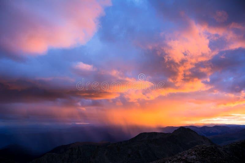 Sonnenuntergang auf Front Range stockbilder