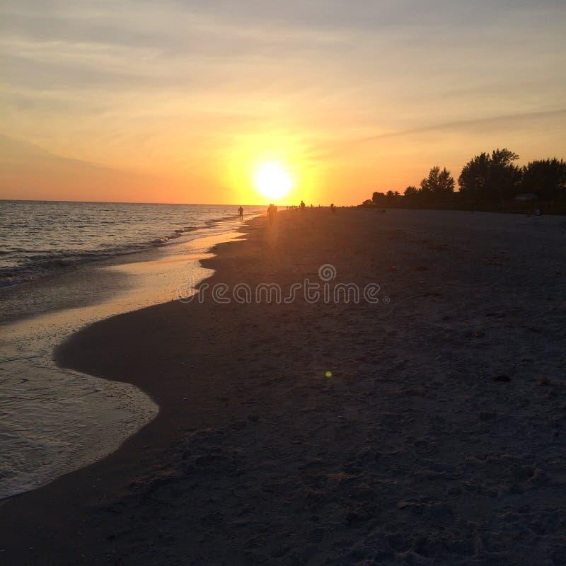 Sonnenuntergang auf Sanibel lizenzfreies stockfoto