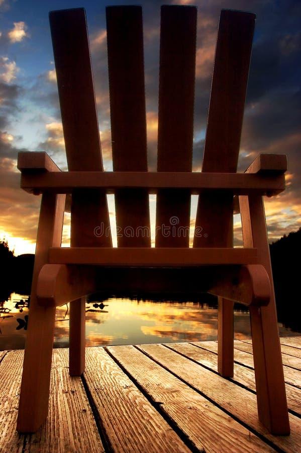 Sonnenuntergang auf See lizenzfreies stockfoto
