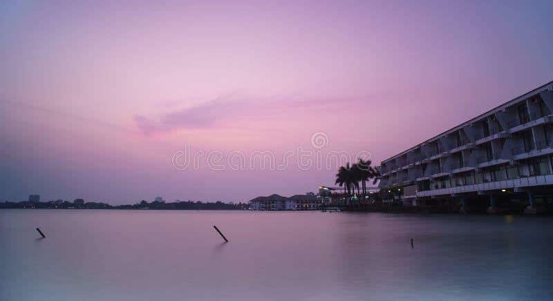 Sonnenuntergang auf Westsee lizenzfreie stockfotos