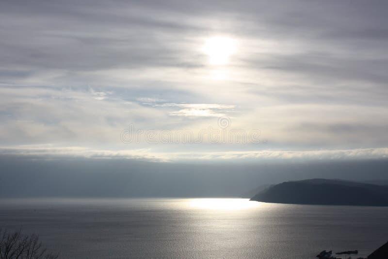Sonnenuntergang bei Baikal stockfotos