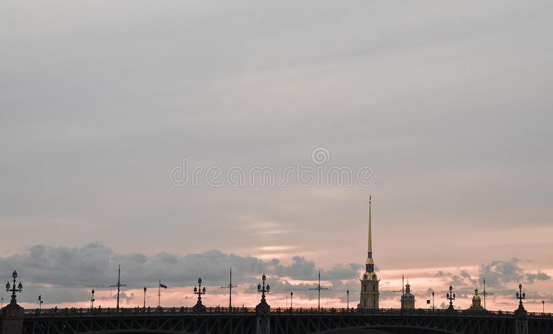 Sonnenuntergang bei Peter und bei Paul Fortress stockfoto